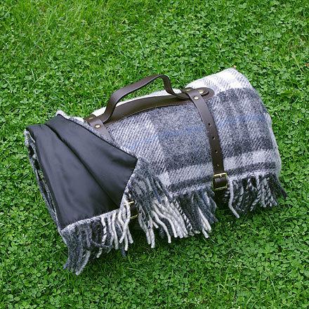 xxl picknickdecke polo cottage grey tweedmill. Black Bedroom Furniture Sets. Home Design Ideas