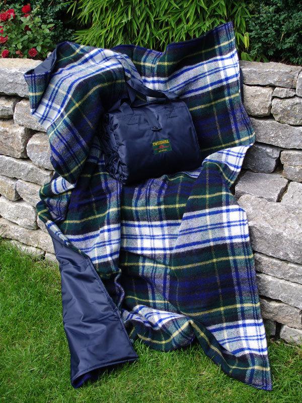 xxl picknickdecke eventer dress gordon tweedmill. Black Bedroom Furniture Sets. Home Design Ideas