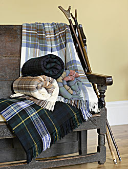 Plaids von Johnstons of Elgin