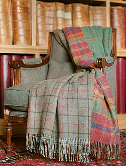 Plaids Lambswool - PREMIUM - Johnstons of Elgin Doubleface Checks