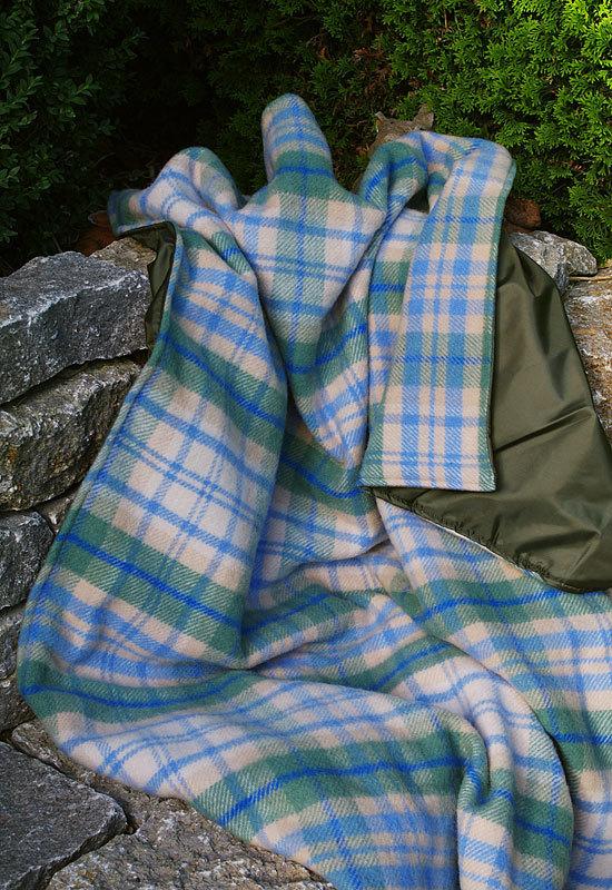 xxl picknickdecke eventer cottage blue tweedmill. Black Bedroom Furniture Sets. Home Design Ideas