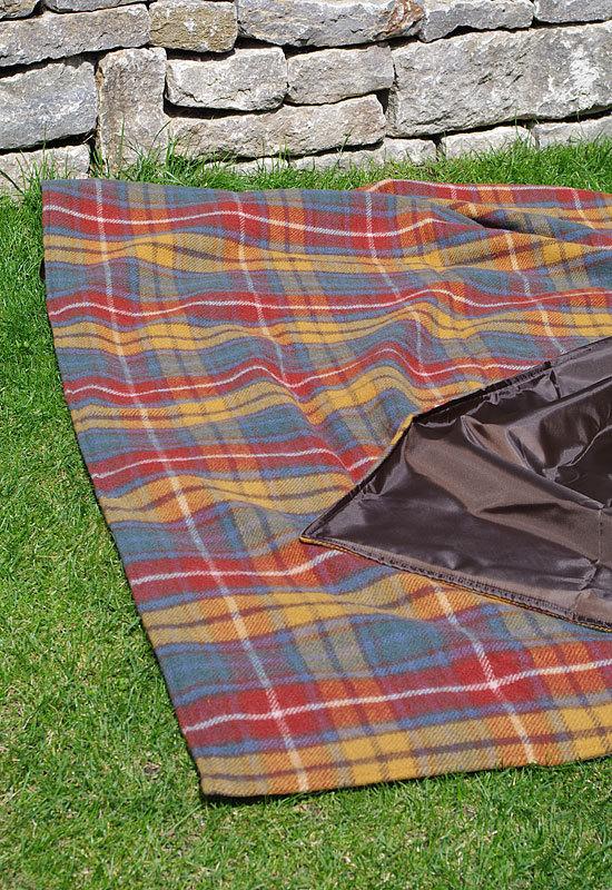 xxl picknickdecke eventer antique buchanan tweedmill. Black Bedroom Furniture Sets. Home Design Ideas