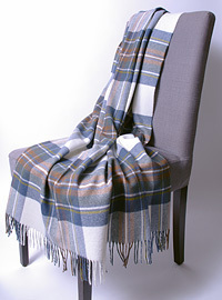 Wolldecke - MUTED BLUE STEWART - Plaid Bronte