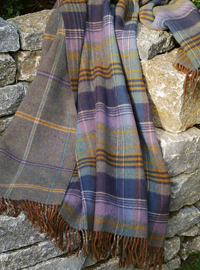 Johnstons Wendedecke - LOVAT Check - Doubleface Plaid