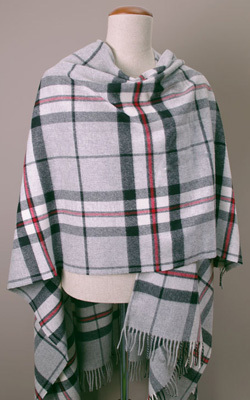 Poncho Lambswool - GREY THOMPSON - Bronte Tweeds