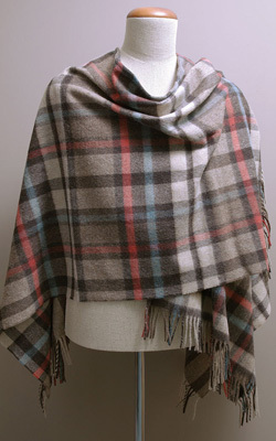 Poncho MINI - Lambswool - BUTTERTUBS Natural - Bronte Tweeds