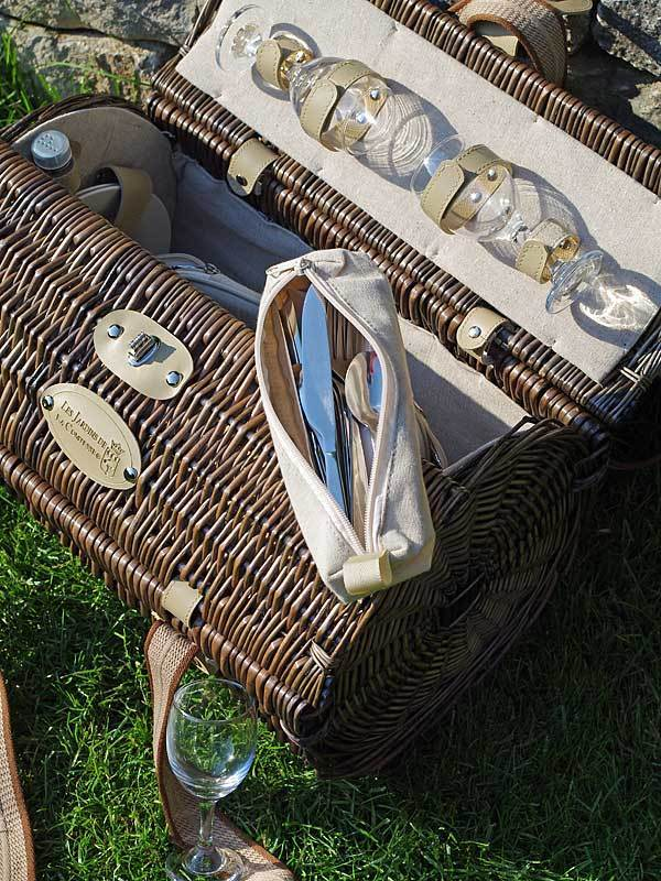picknickkorb opera f r 4 personen les jardins. Black Bedroom Furniture Sets. Home Design Ideas