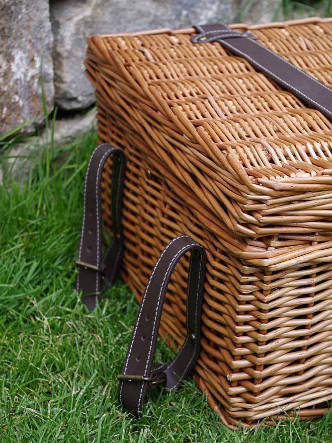 picknickkorb champs elysees f r 4 personen luxuskorb. Black Bedroom Furniture Sets. Home Design Ideas