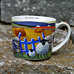 Tasse ON EWER BIKE - Schafmotiv aus Irland